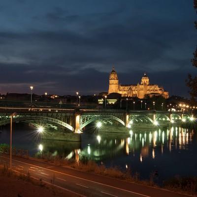 catedral_exterior_de_noche